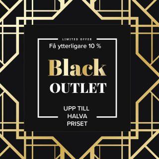 Nu när Black Friday närmar sig öppnar vi vår Outlet på nätet. Här hittar du dina drömsmycken för upp till halva priset. Läge att göra klipp alltså!!! Det innebär att du kan hitta fina erbjudanden inte bara under fredagen den 27 november utan året om. Vi har fått Black Out och firar öppnandet av vår outlet med att ge ytterligare 10% rabatt mellan torsdagen den 26/11 och söndagen den 29/11. Ange kod Blackoutlet i varukorgen. OBS! Gäller ej produkter i den vanliga webshopen. #guldsmedrolfnilssonseftr #guldsmednilsson #guldsmedrolfnilsson